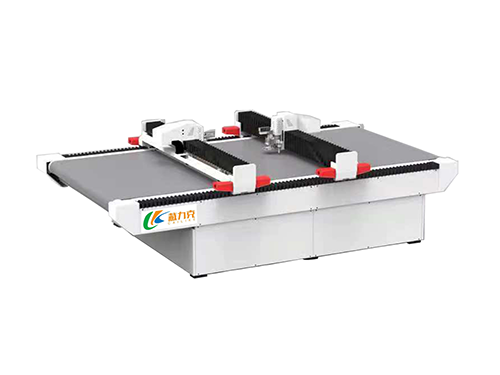 Vibrating knife automatic feeding intelligent cutting machine ZY-1625S-II (double beams move each other)